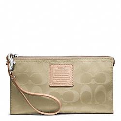 COACH F49546 Weekend Zippy Wallet In Nylon