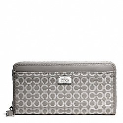 COACH F49614 Madison Needlepoint Op Art Fabric Accordion Wallet SILVER/LIGHT GREY