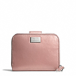 MADISON MEDIUM ZIP AROUND WALLET IN METALLIC LEATHER - f49638 - 29781