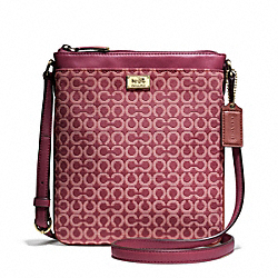 MADISON SWINGPACK IN OP ART NEEDLEPOINT FABRIC - f49746 - LIGHT GOLD/CRANBERRY