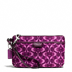COACH F50118 Daisy Split Signature C Print Medium Wristlet