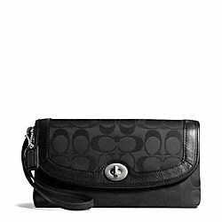 COACH F50184 Campbell Signature Large Wristlet SILVER/BLACK