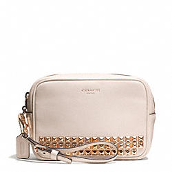 COACH F50293 Studded Leather Flight Wristlet RESIN/PARCHMENT