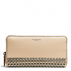 ACCORDION ZIP WALLET IN STUDDED LEATHER - f50467 - AKECR