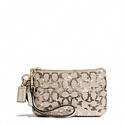 COACH F50481 Poppy  Sequin Signature C Small Wristlet LIGHT GOLD/CHAMPAGNE