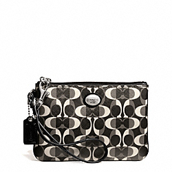 COACH F50523 Peyton Dream C Small Wristlet