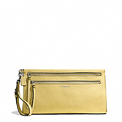 BLEECKER PEBBLED LEATHER LARGE CLUTCH - f50810 - SILVER/PALE LEMON