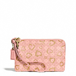 WAVERLY  COATED CANVAS HEARTS SMALL WRISTLET - f51032 - LIGHT GOLD/LIGHT GOLDGHT PINK