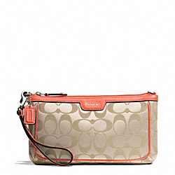 COACH F51111 Campbell Signature Large Wristlet SILVER/LIGHT KHAKI/CORAL