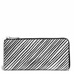 COACH F51142 Bleecker Black And White Print Coated Canvas Slim Zip Wallet SILVER/WHITE MULTICOLOR