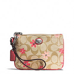 COACH F51356 Daisy Signature Floral Canvas Small Wristlet
