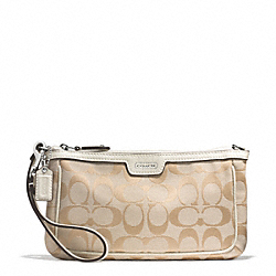 COACH F51661 Campbell Signature Large Wristlet