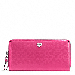 PERFORATED EMBOSSED LIQUID GLOSS ACCORDION ZIP WALLET - f51675 - SILVER/FUCHSIA