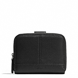 PARK LEATHER MEDIUM ZIP AROUND WALLET - f51766 - SILVER/BLACK