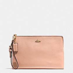 MADISON LARGE POUCH CLUTCH IN LEATHER - f52106 -  LIGHT GOLD/ROSE PETAL