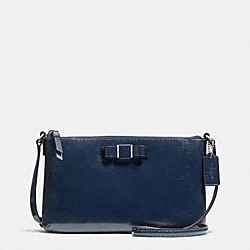 COACH F52225 Darcy Patent Bow East/west Swingpack SILVER/NAVY