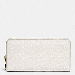 COACH F52330 Accordion Zip Wallet In Logo Embossed Leather LIGHT GOLD/CHALK