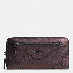 COACH F52362 Rivets Accordion Zip Around Wallet In Leather  QBBRZ