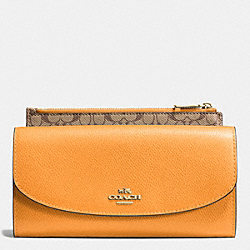 COACH F52628 Pop Slim Envelope In Crossgrain Leather IMITATION GOLD/ORANGE PEEL