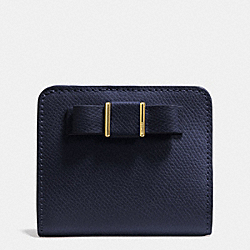 COACH F52699 Small Wallet With Bow In Crossgrain Leather  LIGHT GOLD/MIDNIGHT