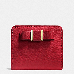 COACH F52699 Small Wallet With Bow In Crossgrain Leather  LIGHT GOLD/RED