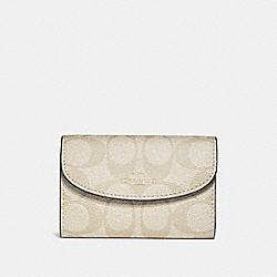 COACH F52852 - KEY CASE IN SIGNATURE CANVAS LIGHT KHAKI/VINTAGE PINK/GOLD