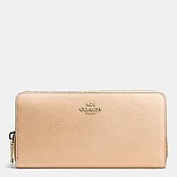 COACH F52976 Accordion Zip Wallet In Colorblock Crossgrain Leather  LIDTI