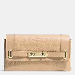 COACH F53028 Coach Swagger Wallet In Pebble Leather LIGHT GOLD/BEECHWOOD