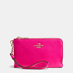COACH F53090 Double Corner Zip Wristlet In Pebble Leather LIGHT GOLD/PINK RUBY