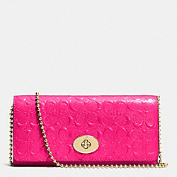 COACH F53125 Slim Chain Envelope In Signature Debossed Patent Leather  LIGHT GOLD/PINK RUBY