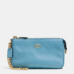COACH F53340 Large Wristlet 19 In Pebble Leather IMITATION GOLD/BLUEJAY