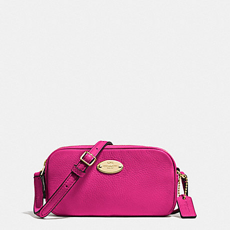 COACH f53372 CROSSBODY POUCH IN PEBBLE LEATHER IMITATION GOLD/CRANBERRY