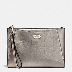 MORGAN CLUTCH 24 IN PEBBLE LEATHER - f53417 - LIGHT GOLD/METALLIC