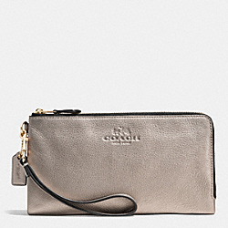 COACH F53561 Double Zip Wallet In Pebble Leather LIGHT GOLD/METALLIC
