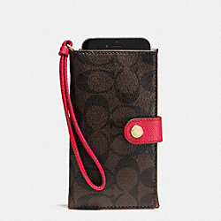 PHONE CLUTCH IN SIGNATURE - f53975 - IMITATION GOLD/BROWN TRUE RED