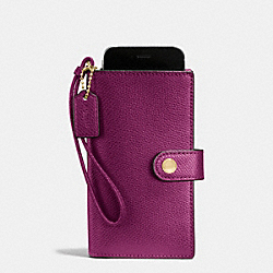 COACH PHONE CLUTCH IN CROSSGRAIN LEATHER - IMITATION GOLD/FUCHSIA - F53977