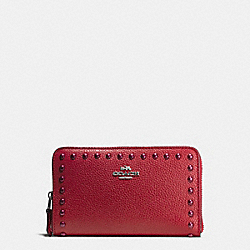 COACH F53992 - MEDIUM ZIP AROUND WALLET IN PEBBLE LEATHER WITH LACQUER RIVETS SILVER/RED CURRANT