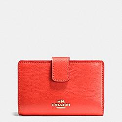 COACH F54010 Medium Corner Zip Wallet In Crossgrain Leather IMITATION GOLD/WATERMELON