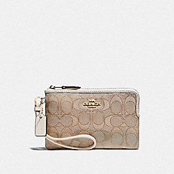 CORNER ZIP WRISTLET IN SIGNATURE CANVAS - F54627 - IM/LIGHT KHAKI/CHALK