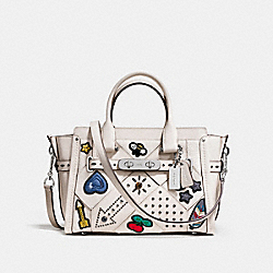 COACH SWAGGER 27 WITH EMBELLISHED CANYON QUILT - f55503 - SILVER/CHALK