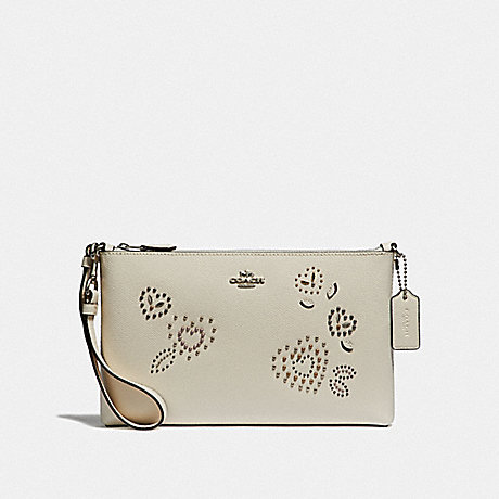 COACH F55614 LARGE WRISTLET 25 WITH HEART BANDANA RIVETS<br>蔻驰大腕带25心头巾铆钉 粉笔多银