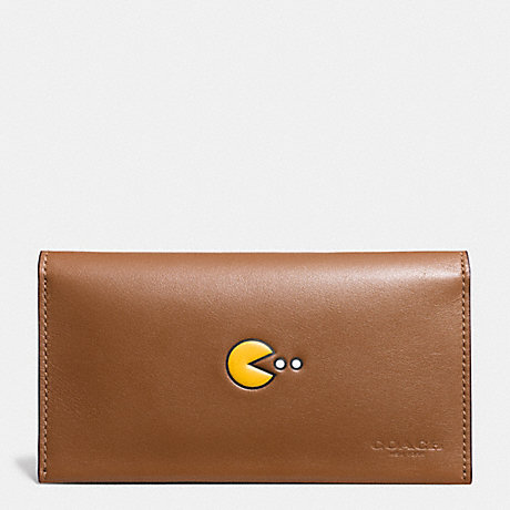 COACH f56056 PAC MAN UNIVERSAL PHONE CASE IN CALF LEATHER SADDLE