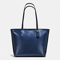CITY ZIP TOTE IN METALLIC CROSSGRAIN LEATHER - f56129 - SILVER/METALLIC MIDNIGHT