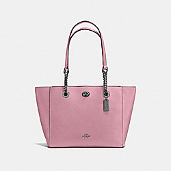 TURNLOCK CHAIN TOTE 27 - F57107 - DUSTY ROSE/DARK GUNMETAL