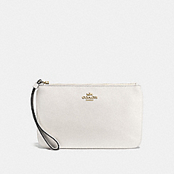 COACH F57465 Large Wristlet In Crossgrain Leather IMITATION GOLD/CHALK