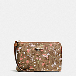 BASEMAN X COACH CORNER ZIP WRISTLET IN SIGNATURE - f57573 - IMITATION GOLD/KHAKI PINK MULTI