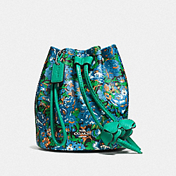 PETAL WRISTLET IN ROSE MEADOW FLORAL PRINT COATED CANVAS - f57600 - SILVER/BLUE MULTI