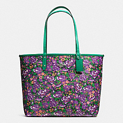 REVERSIBLE CITY TOTE IN ROSE MEADOW PRINT COATED CANVAS - f57667 - SILVER/VIOLET MULTI BLACK