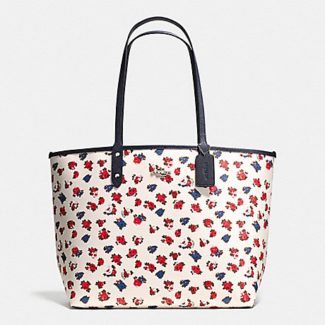 REVERSIBLE CITY TOTE IN TEA ROSE FLORAL PRINT COATED CANVAS - COACH F57668 - SILVER/CHALK MULTI MIDNIGHT