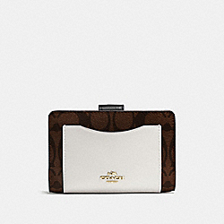 COACH F57824 Medium Corner Zip Wallet In Colorblock Signature IMITATION GOLD/BROWN NEUTRAL MULTI